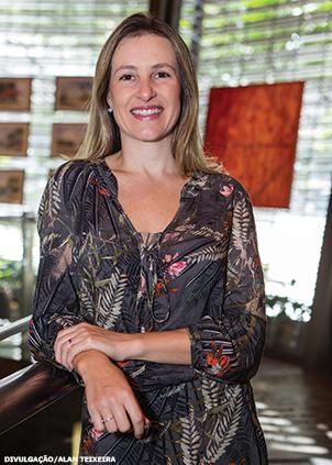 """""""Propriedades da tecnologia como imutabilidade, confiabilidade e transparência podem trazer benefícios no combate à fraude em anúncios digitais"""" - Cris Camargo, diretora executiva do IAB"""