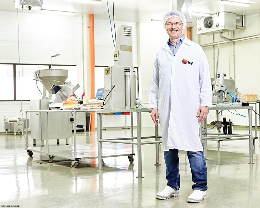 Para Fabio Bagnara, diretor de pesquisa e desenvolvimento da BRF, o futuro tem espaço tanto para proteínas vegetais quanto para as de origem animal