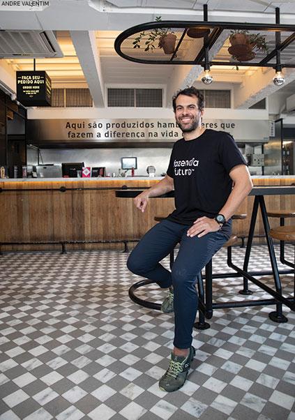 Marcos Leta, fundador da Fazenda do Futuro, afi rma estar no mercado para competir com os frigorífi cos, já que seus consumidores são carnívoros